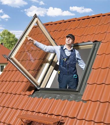 Ferestre de acces pe acoperiş